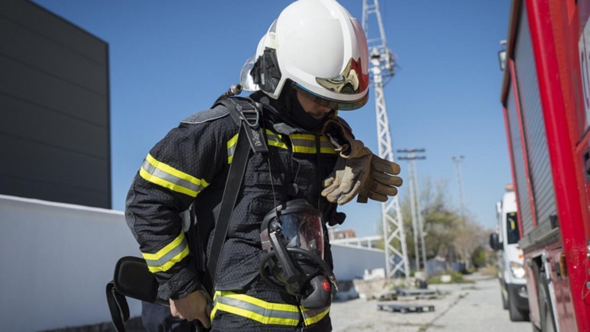 Un bombero en una imagen de archivo.