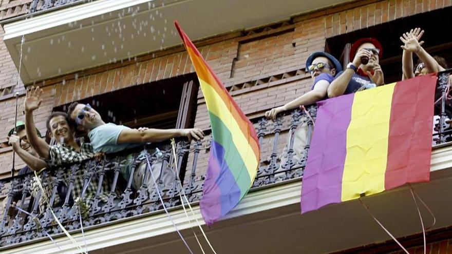 Homosexuales españoles, de la clandestinidad a la visibilidad