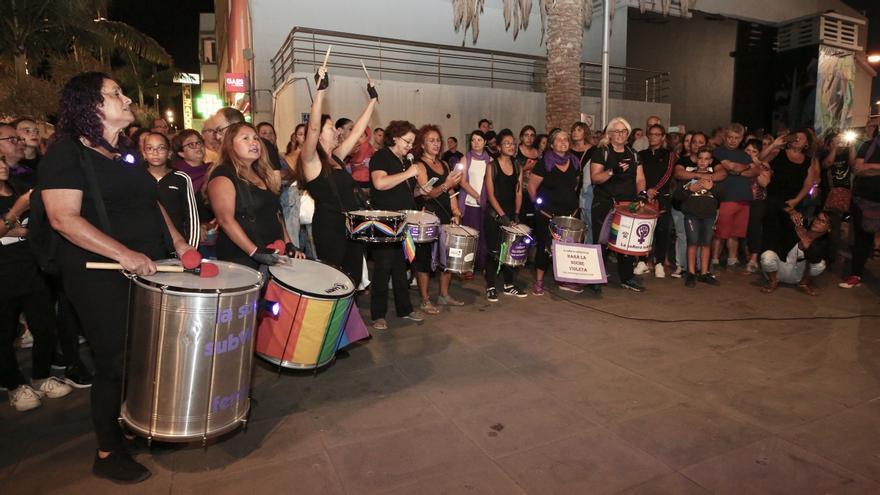 Batucada en la concentración feminista de Gran Canaria.