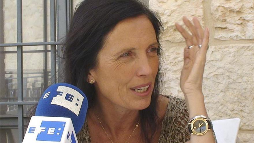 """La argentina Claudia Piñeiro asiste al ciclo """"Otras Literaturas"""" de Lisboa"""