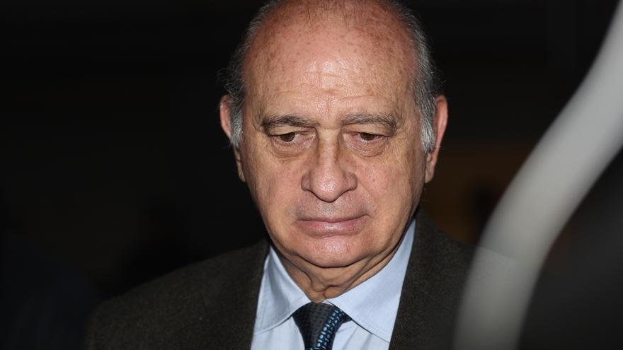 El exministro de Interior Jorge Fernández Díaz, en la UCI tras sufrir un empeoramiento de su estado de salud