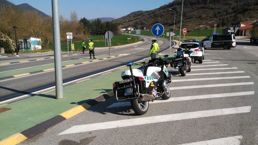Patrullas de la Guardia Civil en Navarra.