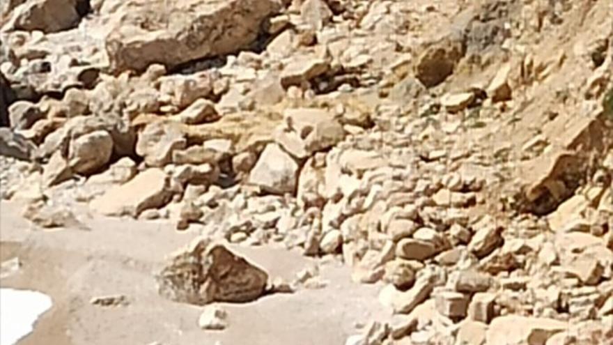 Los turistas sorprendidos por la Guardia Civil en la cala Ambolo de Xàbia