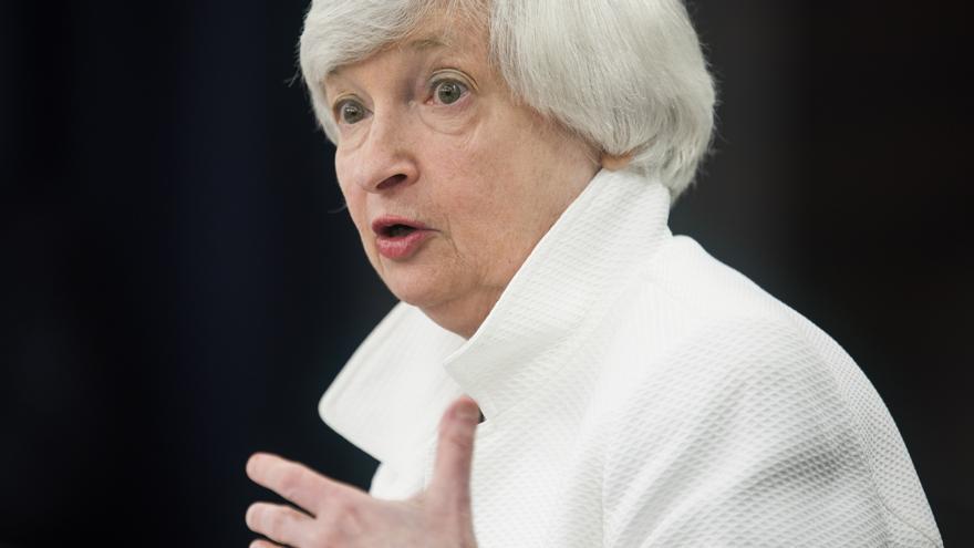 Yellen augura que la crisis afectará más a los latinos aunque liderarán la recuperación