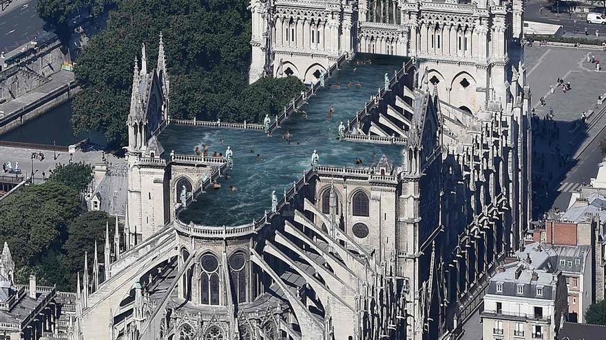 El estudio sueco Ulf Mejergren Architects proponen crear una piscina pública en lo alto de Notre Dame