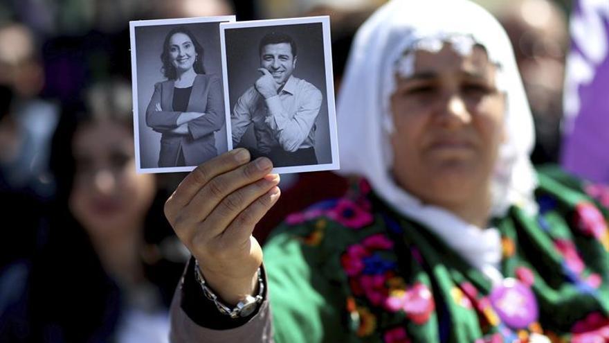 Arranca el juicio contra Selahattin Demirtas, líder del partido prokurdo HDP