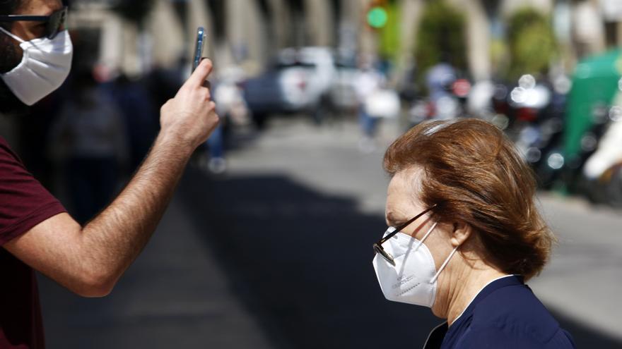 El contagio de las medidas anti COVID-19 preocupa a los expertos