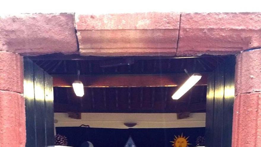 La Logia Abora número 87 de Santa Cruz de La Palma ha iniciado el nuevo curso masónico con un acto realizado en la casona capitalina de la Quinta Verde, lugar en el que en el primer cuarto del siglo XVIII tuvo germen la masonería en La Palma.