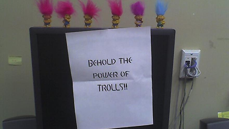 La compañía Trustev quiere acabar con los trols que escriben comentarios abusivos en los medios (Foto: Robin Hastings | Flickr)