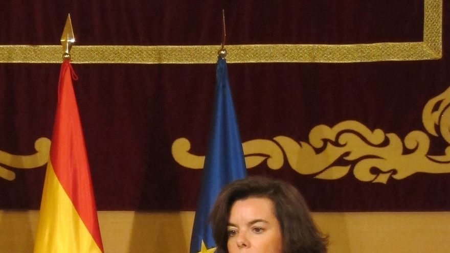 """Sáenz de Santamaría se muestra """"optimista"""" sobre la negociación de los presupuestos con todas las comunidades"""