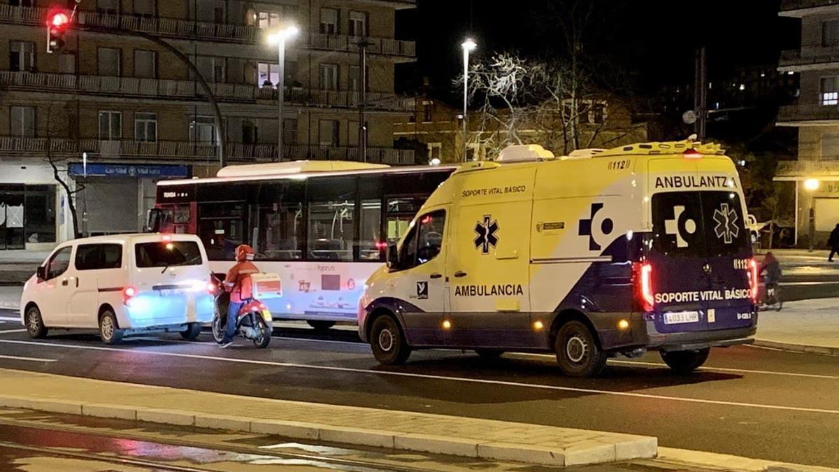 Una ambulancia, en Vitoria