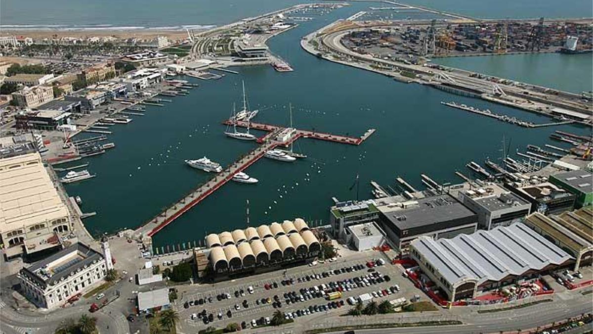 Vista aérea de la Marina del Puerto de Valencia.