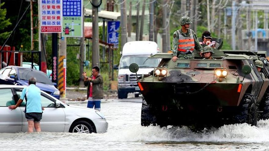 El tifón Nesat llega a Taiwán y al sureste de China