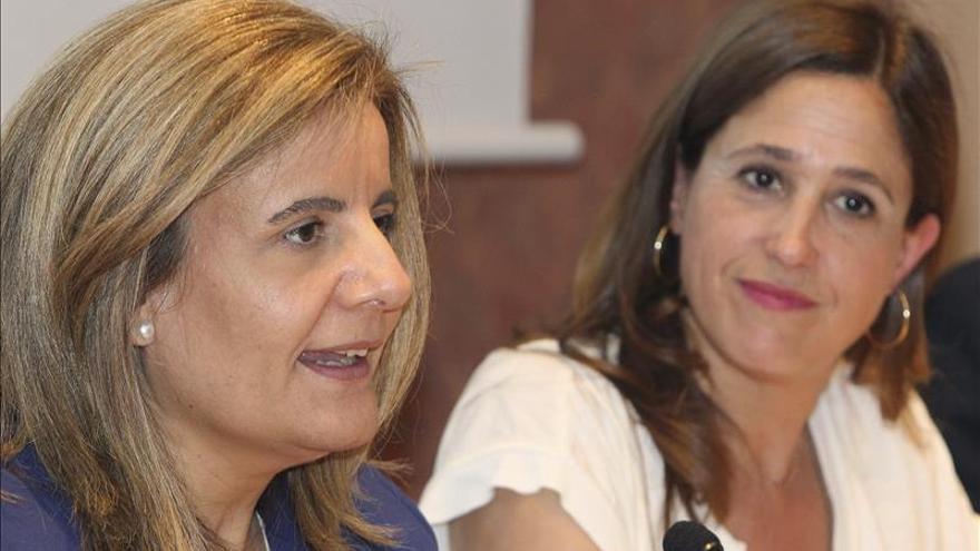 """Báñez asegura que el crecimiento y el empleo en España """"han llegado para quedarse"""""""