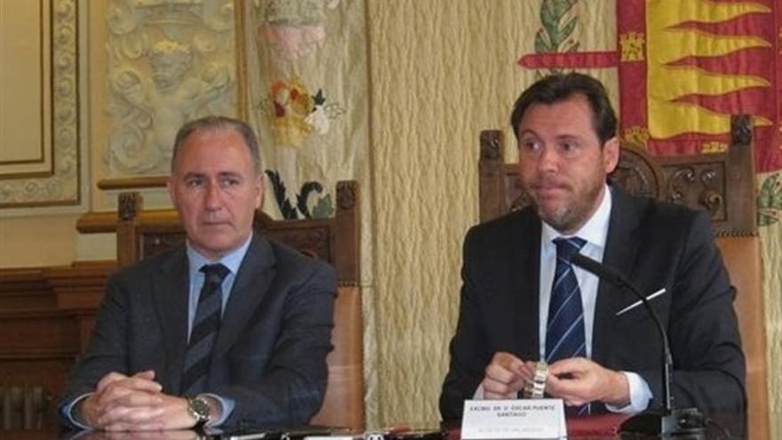Antonio Gato y Óscar Puente en una imagen de archivo.
