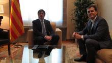 Rivera demana a Puigdemont que se segui a la taula de la reforma constitucional