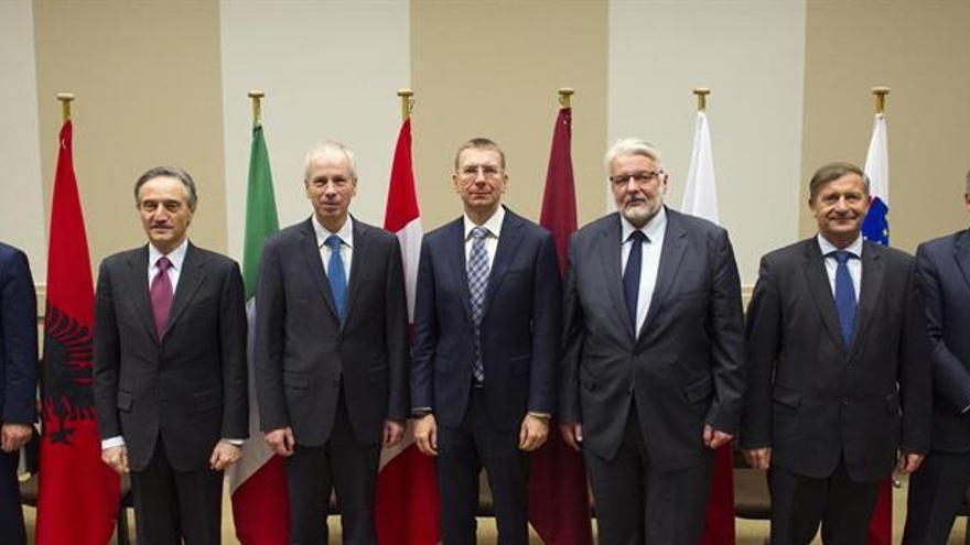 La OTAN pide mantener sanciones a Rusia por su significativo papel en Ucrania