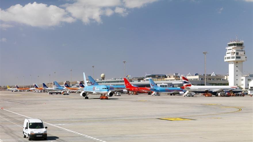 Vista del aeropuerto Tenerife Sur, en una imagen de archivo