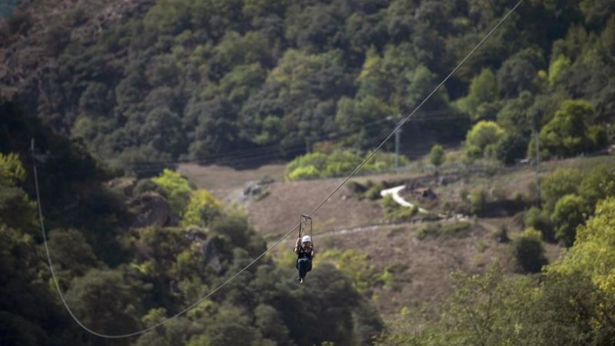 Un kilómetro de tirolina para volar en los Picos de Europa