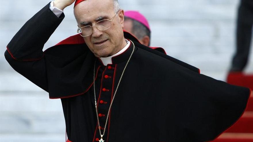 El Vaticano juzgará a exdirectivos de un hospital por fraude en el ático de Bertone