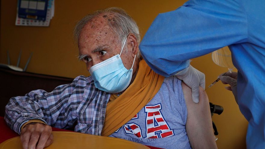Perú supera 61.000 muertes y se acerca a 1,8 millones de casos de la covid-19