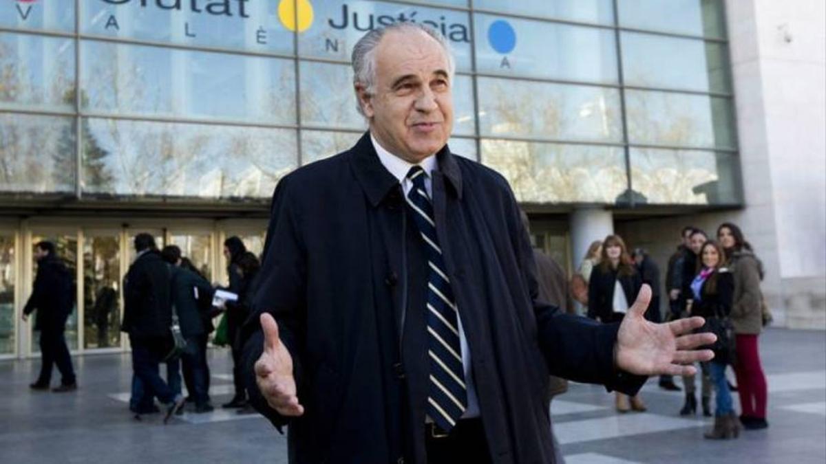El exconseller Rafael Blasco en la Ciudad de la Justicia.