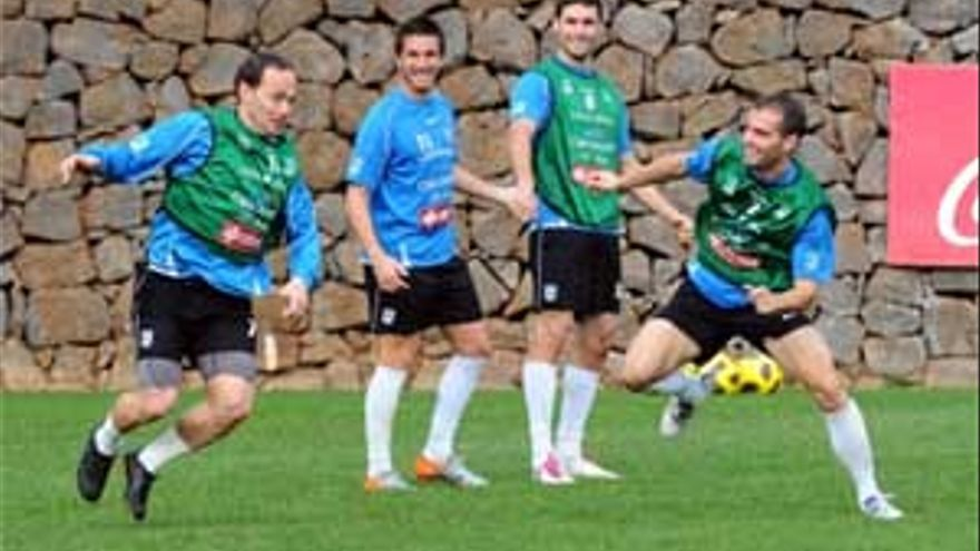 Entrenamiento del Tenerife. (ACFI PRESS)