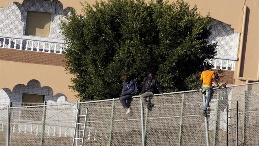 Solo 7 de cada cien inmigrantes lograron saltar la valla en Melilla en 2016