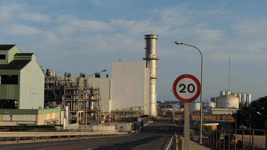 Planta de ciclo combinado en Tarragona, la primera cerrada en España por falta de negocio.