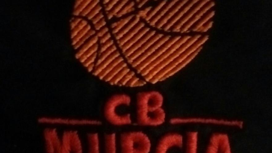 Escudo clásico del Club Baloncesto Murcia