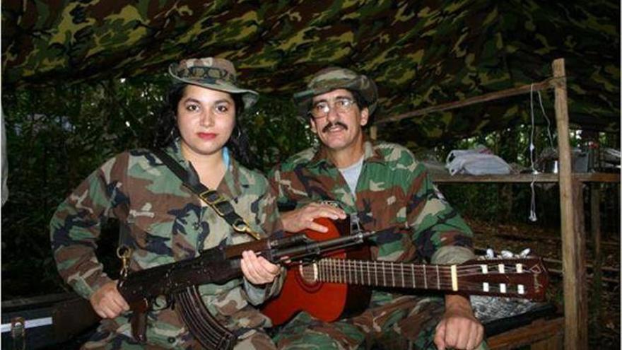 """FARC dicen que """"Conrado"""" quedará apartado del diálogo de paz por enfermedad"""