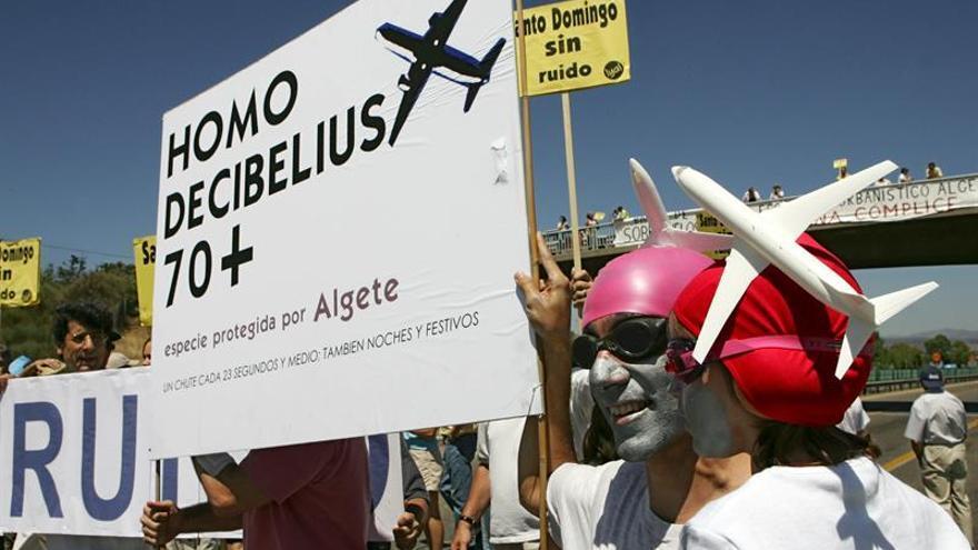 El TS anula la suspensión de un 30 % de los vuelos de Barajas que pasan por una urbanización
