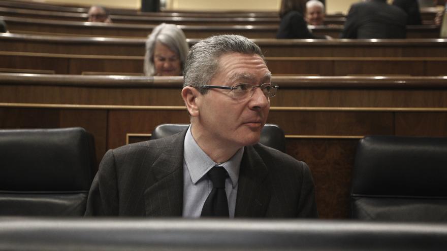 Gallardón respalda los perímetros de seguridad contra 'escraches' porque los diputados no son gobernantes