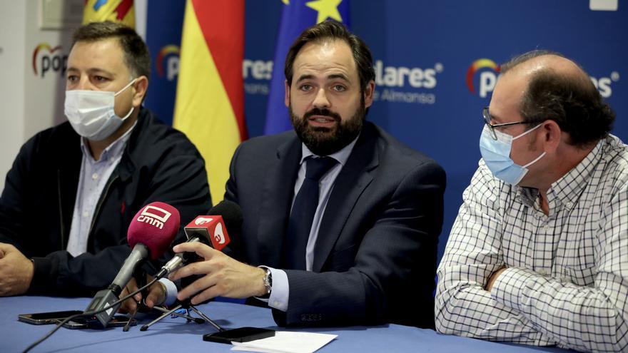 """Paco Núñez saca pecho ante el Congreso Regional del PP: """"Estamos en disposición de ganar las elecciones y gobernar en la Junta"""""""