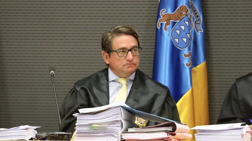 El juez Salvador Alba, en el juicio por el caso Faycán. (ALEJANDRO RAMOS)