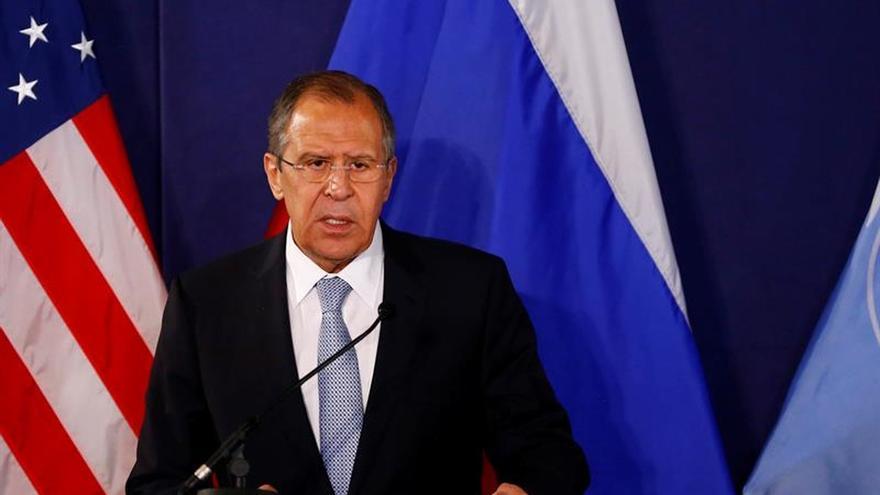 Lavrov y Kerry acuerdan reactivar esfuerzos para lograr la paz en Siria