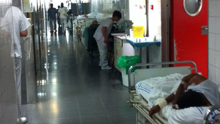 Imagen de los pasillos del servicio de Urgencias en el Hospital Universitario de Canarias.