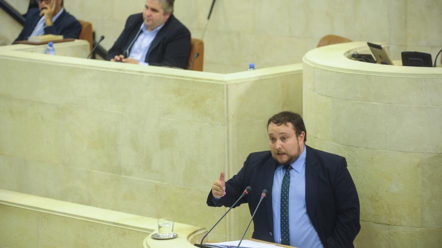 Rubén Gómez, portavoz de Ciudadanos en el Parlamento de Cantabria.   JOAQUÍN GÓMEZ SASTRE