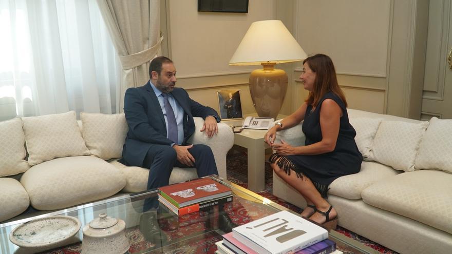 Armengol se reúne este viernes con el ministro de Fomento en Palma