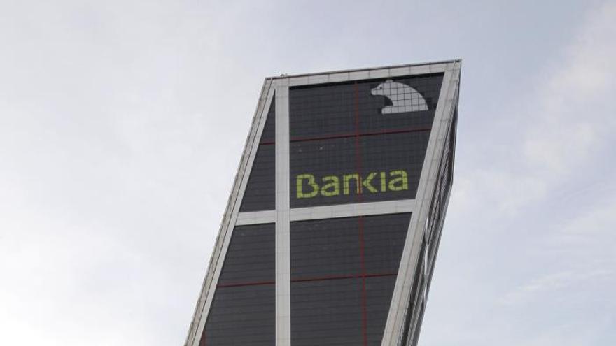 Condenan a Bankia a devolver 206.000 euros a un preferentista por asesorarle mal
