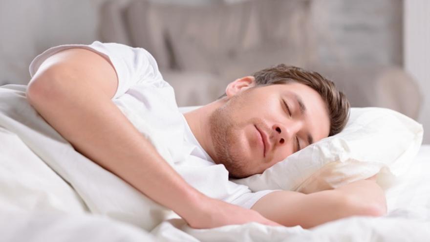 Seis claves para dormir correctamente si tienes dolor de espalda