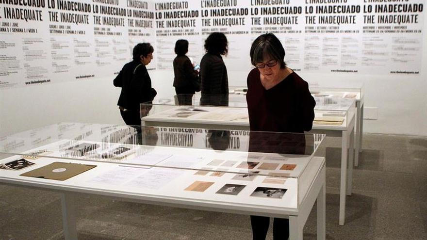 La artista Dora García invade el Reina Sofía con sus performances