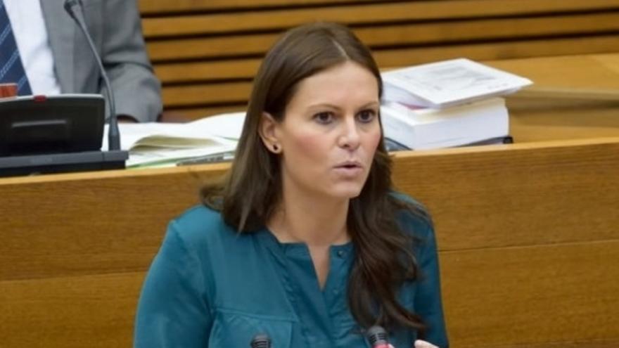 Beatriz Gascó (PP), en  las Corts Valencianes.