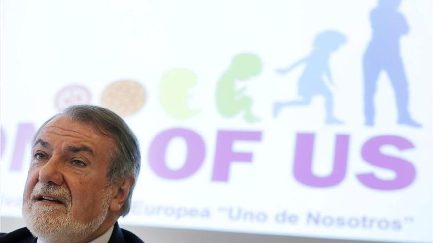 Mayor Oreja y un líder socialista europeo se enfrentan por los datos del paro en España