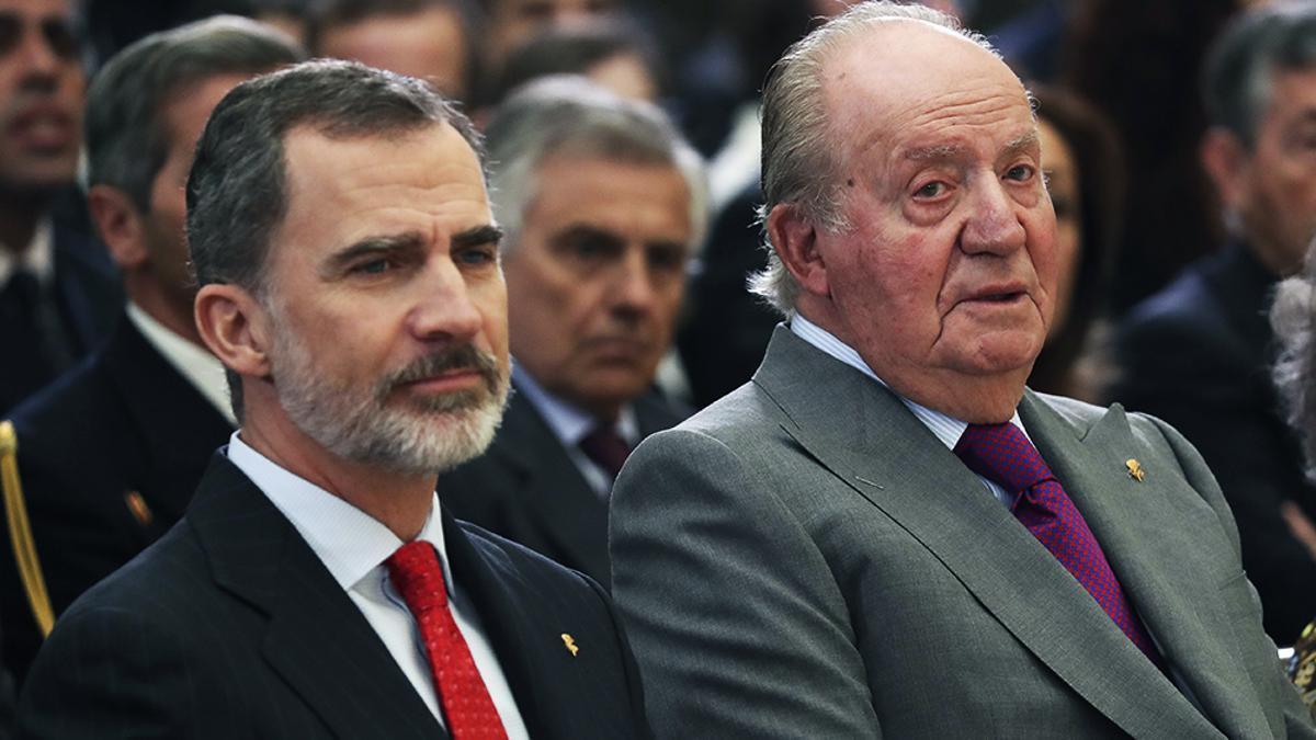 El rey Felipe VI y el emérito Juan Carlos I