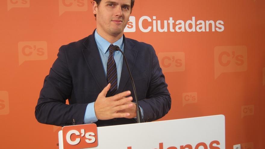 """Rivera (C's) no descarta la moción de censura como """"plan B"""" si Mas no convoca elecciones"""