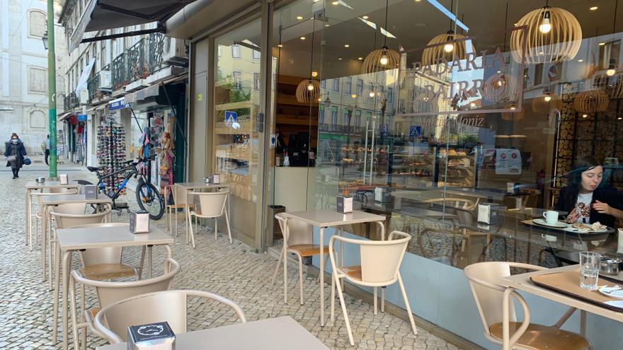 El test o certificado obligatorio golpea a los restaurantes en Portugal