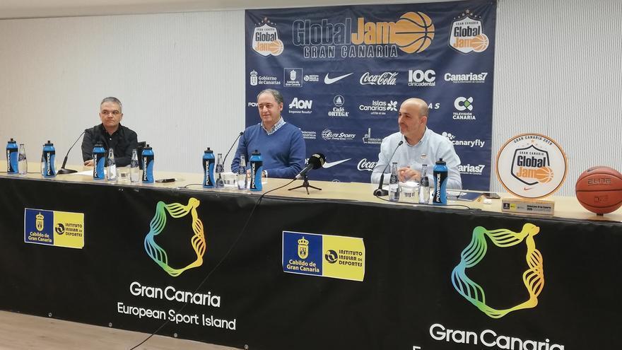 Imagen del acto de presentación del torneo internacional de baloncesto Sub 19.