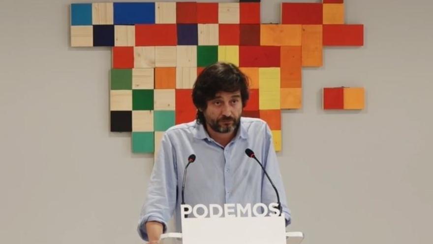 """Podemos insiste a Rajoy y Puigdemont que """"paren las máquinas"""" y busquen un diálogo """"sin condiciones"""""""