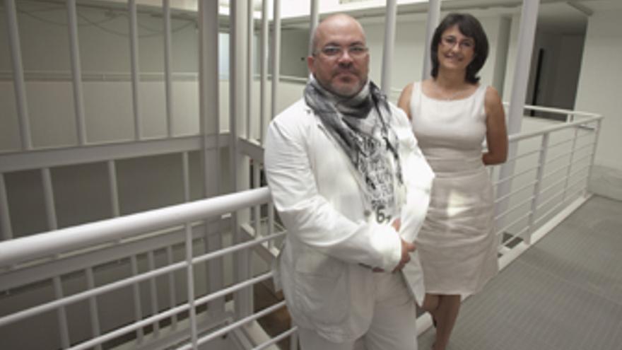 Omar Pascual Castillo y Luz Caballero.